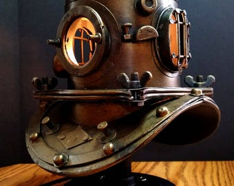 Nautical Scuba Divers Accent Lamp w Stand