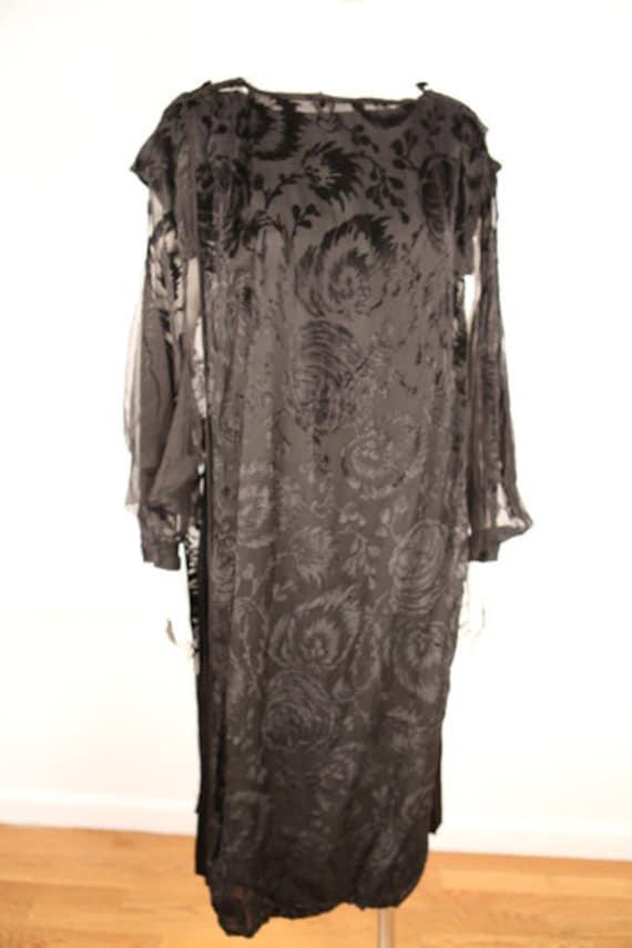 1920s Black Silk and Velvet Deco Dress