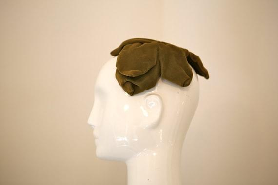 1960s Olive Green Velvet Flower Petal Hat