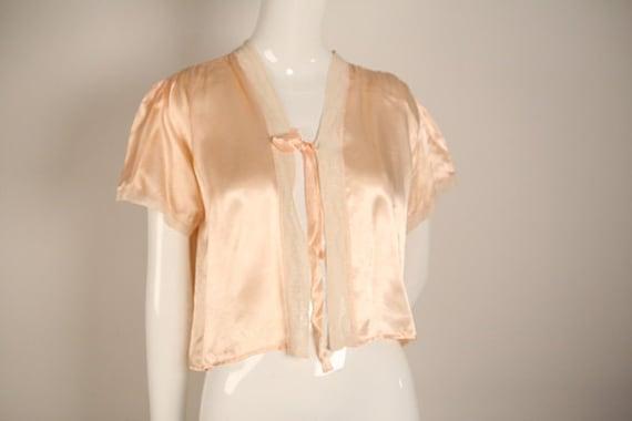 1930s Peach and Cream Boudoir Jacket