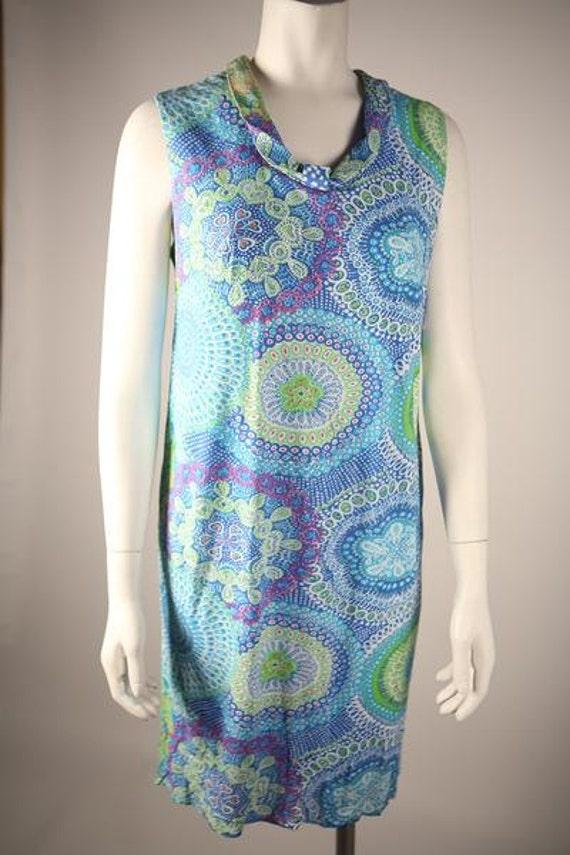 1970s Multi-Colored Paisley Shift Dress