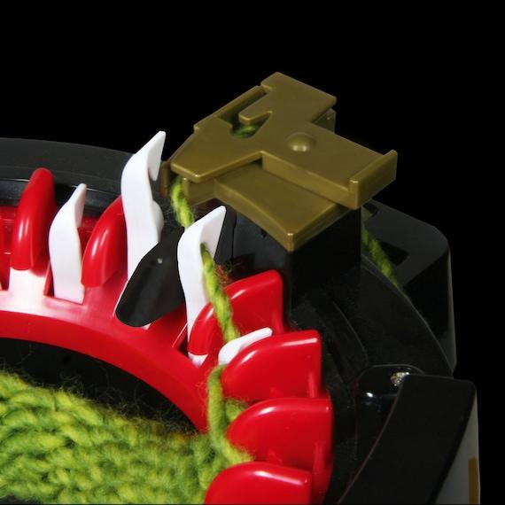 addi Knitting machine Express Professional with 22 Needles 990-2