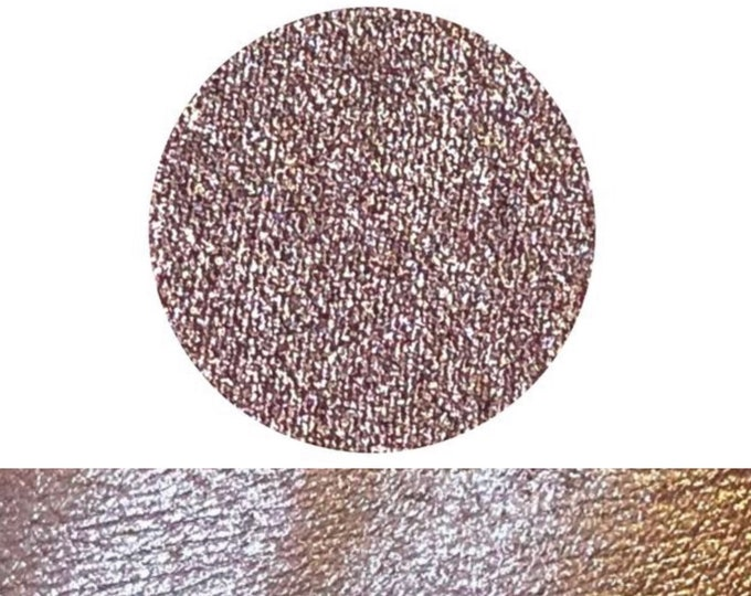 ACCIDENTAL LOVE - Pressed foiled metallic eyeshadow pigment - champagne silver pink with mauve undertones