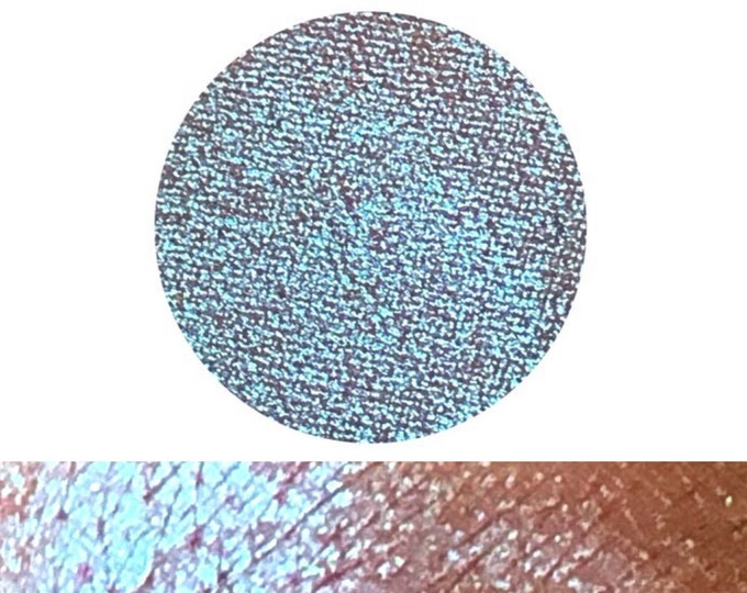 TWISTED PLUM - Chameleon - Pressed Eyeshadow pigment- polychrome purple/ blue / green / red