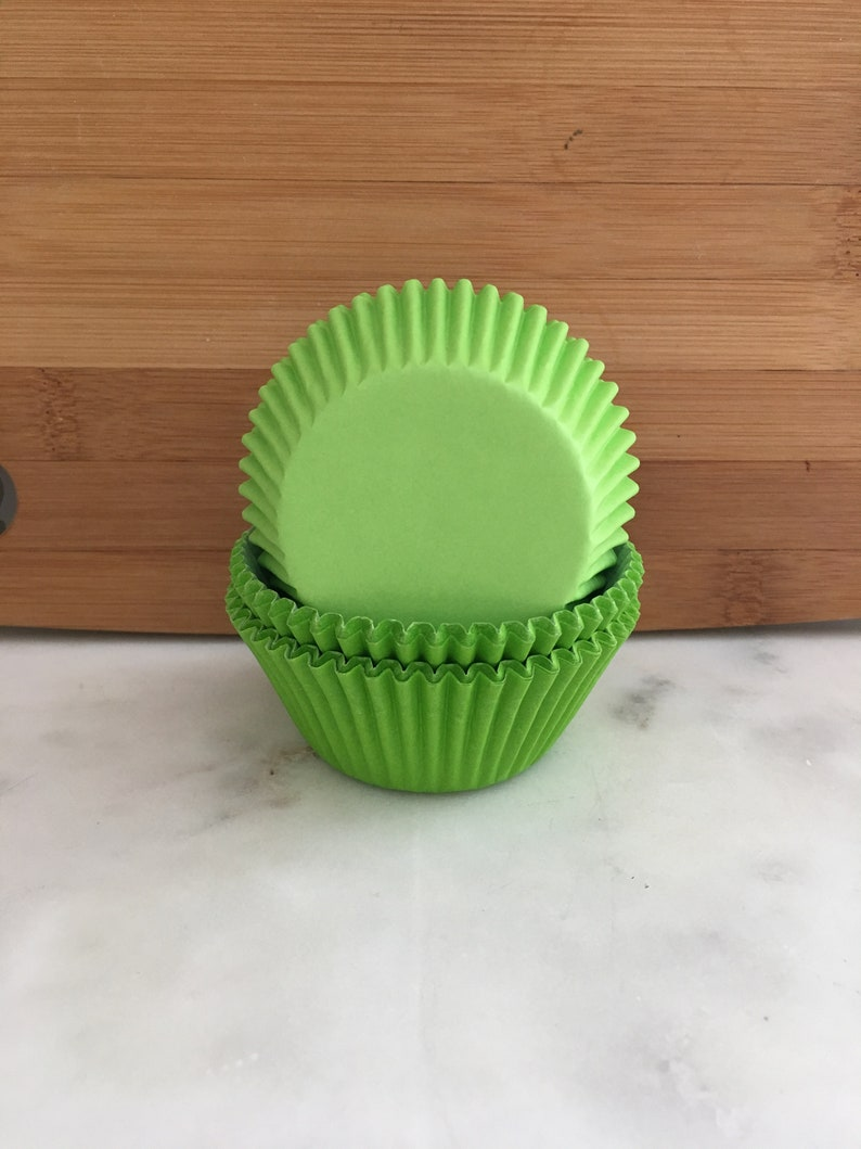 Standard Sized Baking Cups Lime Cupcake Liners 50