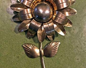 Vintage Mid Century Modern Gold Flower Brooch