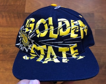 8a3d4df6 Like New Vintage 90s Golden State Warriors Snapback Hat