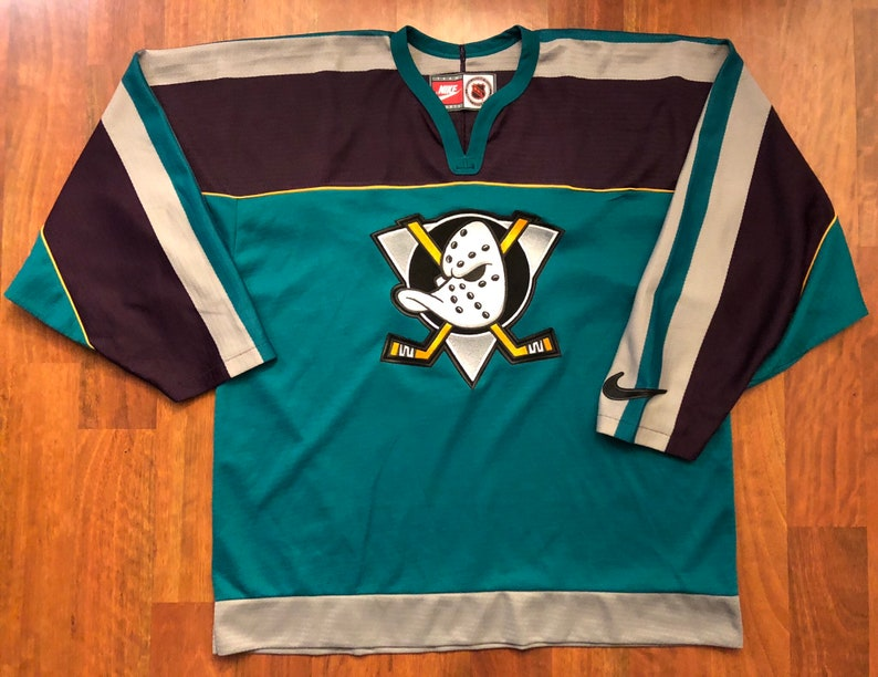 official photos ff659 92062 Vintage Nike Anaheim Mighty Ducks Jersey Men's Size Large