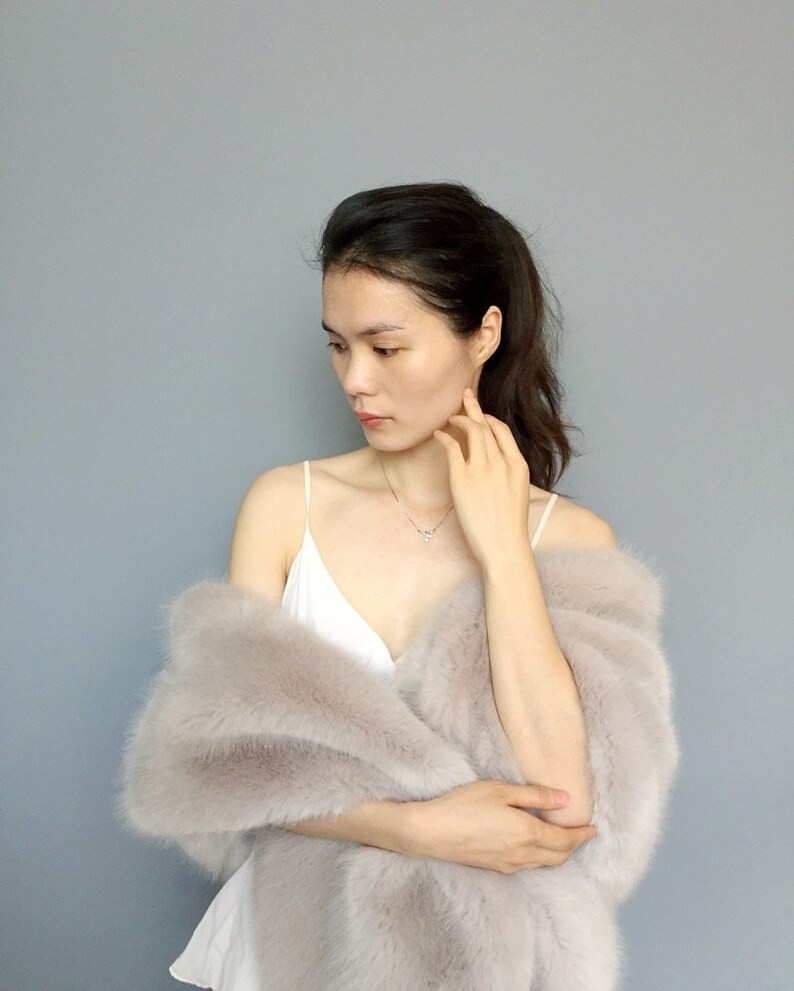 White Fur Stole >> Bridal Shawl Bridal Fur Stole Winter Wedding Faux Fur Wrap Etsy