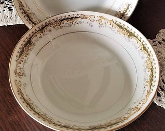Queen Anne Dessert/Fruit Bowls by Signature Collecion