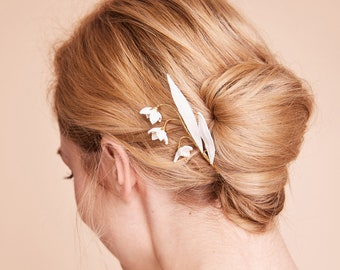 Leather Bridal hair Jewelry, wedding barrette, minimalist, modern, Hairpin, Flower hairpin, elegant, plain