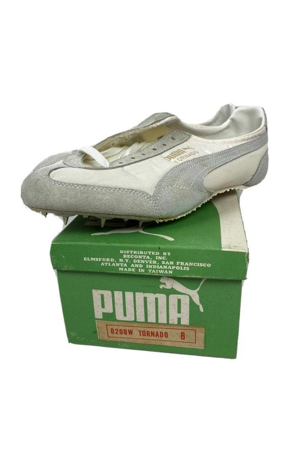 Vintage 70s Puma Tornado Track Shoes White Spikes… - image 1
