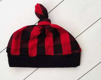Baby  beanie - Top knot hat - baby beanie - buffalo plaid