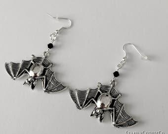 Gothic Simple Bat Earrings