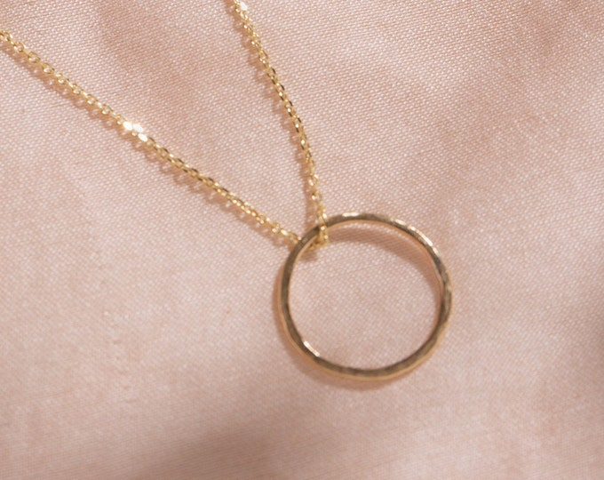 9ct recycled gold open circle necklace
