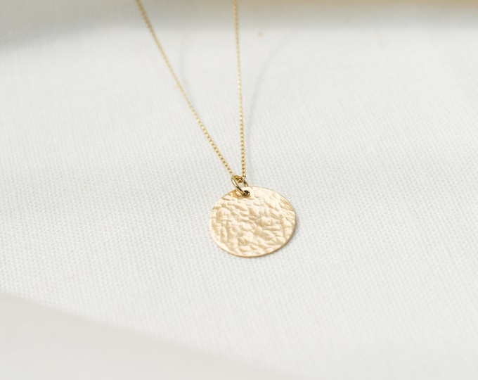 9ct recycled gold hammered disc necklace