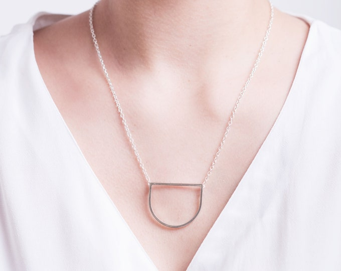 Geo pendant necklace