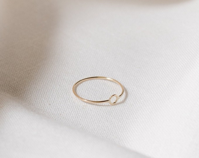 9ct recycled gold mini circle ring