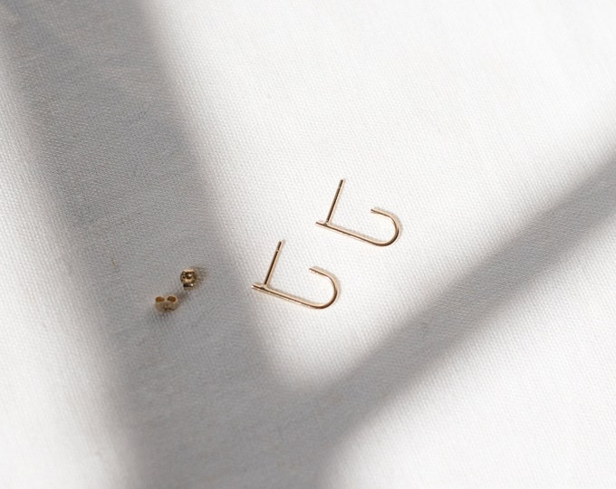 9ct recycled gold curl studs