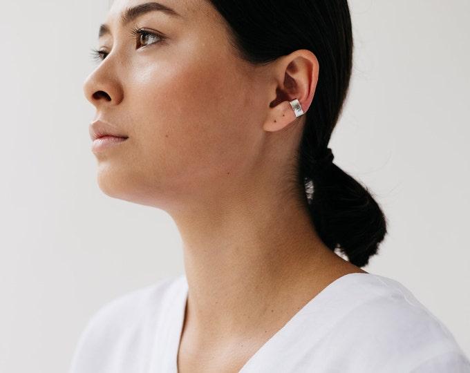 Mid ear wrap