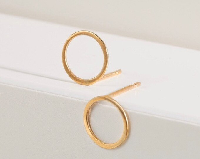 Featured listing image: 9ct gold recycled open circle studs