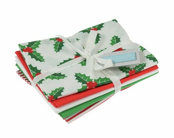 Christmas Holly fabric, 5 x fat quarter cotton quilting fabrics, festive sewing fabric for stockings and decoration