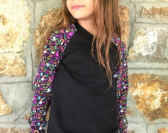 Children's cotton tunic. Size 8 years ready to go.