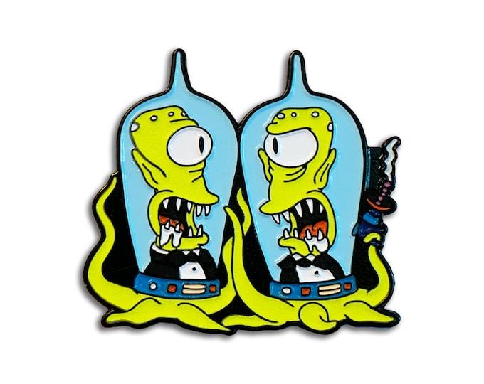 Alien Twins Pin