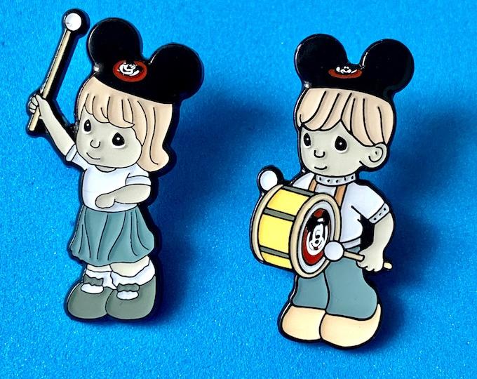 Theme Park Kids Pin Set