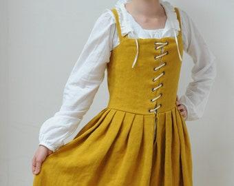 Bespoke. Renaissance dress, Renaissance kirtle, 16th century gown, paesant dress, tudor dress