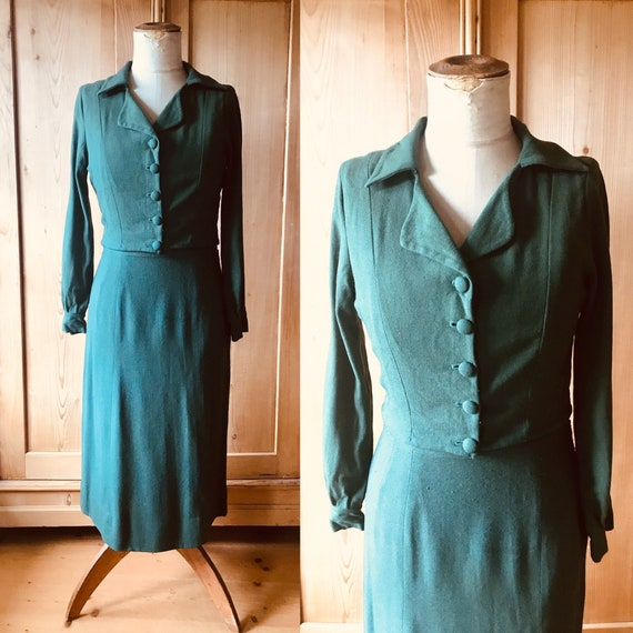 1930s emerald green wool suit. Bolero jacket.