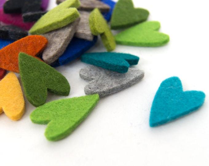 quadu 25 colorful felt hearts - 30 mm