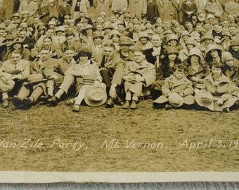 Photo Van Zile party, Mt. Vernon, April 3, 1926