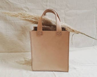Jour Natural Veg Tan Leather Tote Bag