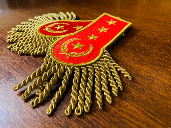 Red and Gold Star Embroidered Epaulettes Military Cosplay Accessories Steampunk Gift