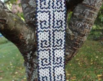 Bracelet beads wide rock