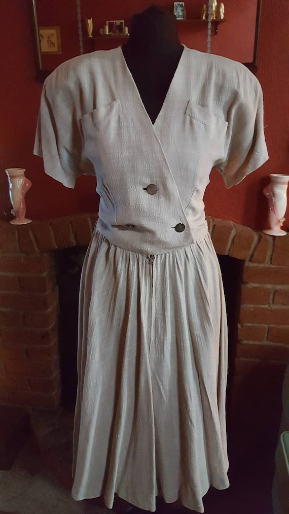 1940s zip front day dress