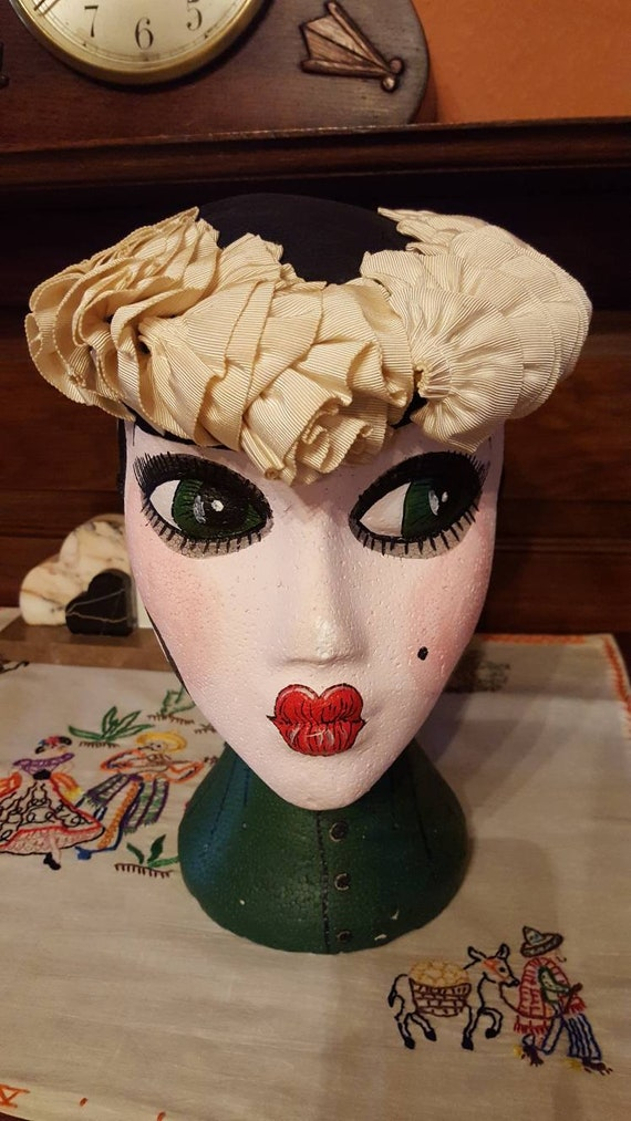 1940s black and cream hat