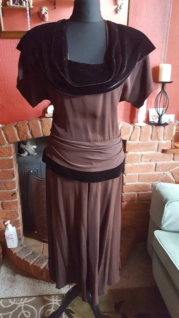 1940s brown crepe and velvet evening dress