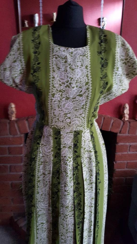 1940s rayon crepe dress - image 2