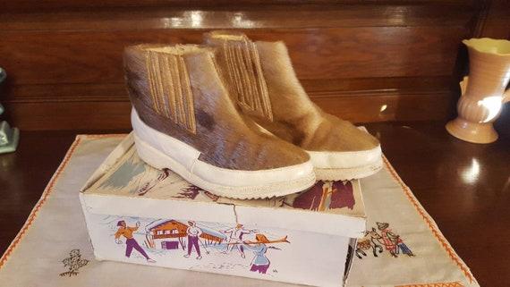 Deadstock 1950s ski/winter boots
