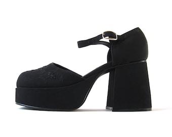 f8b47417e0d des années 90 cadavres noir grosse casquette brodé Floral Toe plate-forme  Maryjane sandale talons (femmes taille 5)  F008