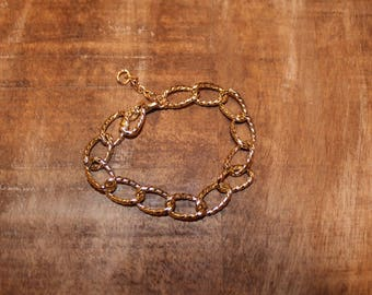 Shiny Gold Chain Link Bracelet