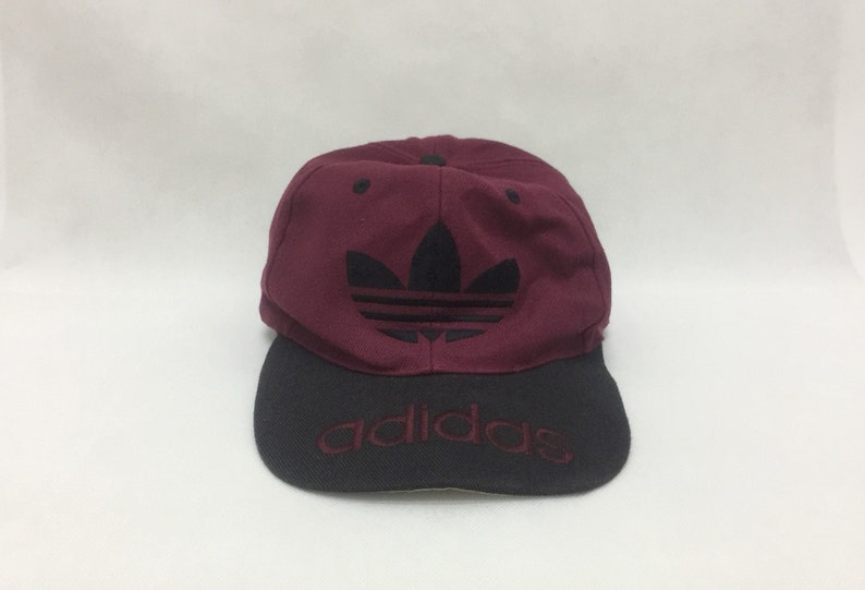 02fdf6e8815cd True Vintage ADIDAS Trefoil Big Logo Embroidered Snapback Cap