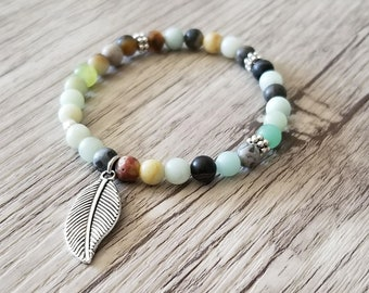 Bracelet made of natural Amazonite pendant in silver tone chains