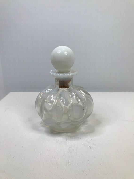 Fenton Coin Dot Perfume Bottle