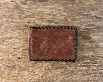 FREE WORLDWIDE SHIPPING - Vintage leather wallet from the 1960s