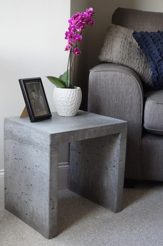 massivem beton beistelltisch etsy. Black Bedroom Furniture Sets. Home Design Ideas