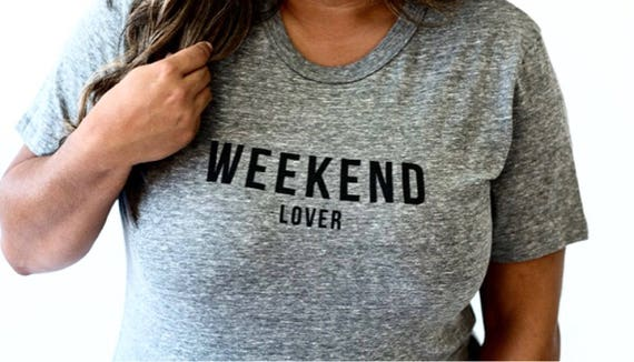 Weekend Lover Unisex Ringspun T Shirt Perfect for A Trip to Disney