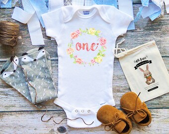 One Years Old Baby Onesies® 1st Birthday Baby Clothes - Baby Girl Clothes - Infant Clothing -  Birthday Onesie - Cute Baby Clothes - M44